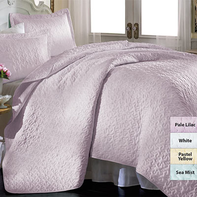 The Perfect Touch Quilt & Accessories